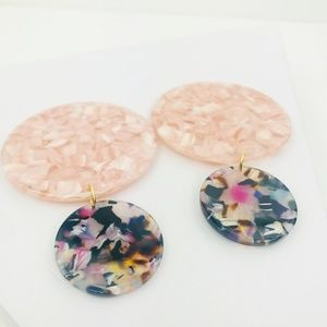 CLOSET REHAB Jewelry - Circle Drop Earrings in Pink with Multicolor Stud
